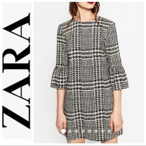 ZARA  Houndstooth Ruffle Bell Sleeve  Dress/ SZ S